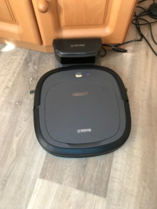 Ecovacs Deebot Slim2 in der Basis